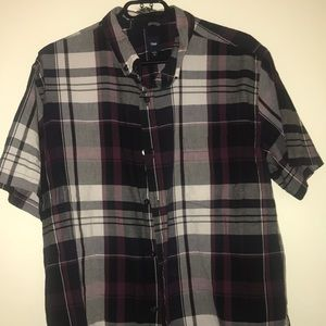 Men's short sleeve plaid Gap button-down shirt XL